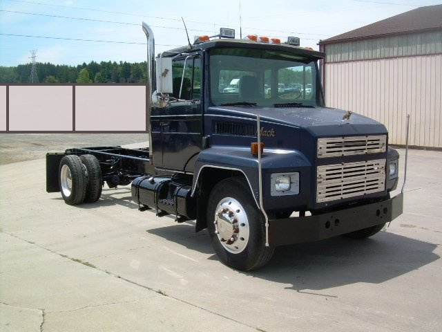 Used Trucks For Sale In Md >> Mack Cab & Chassis