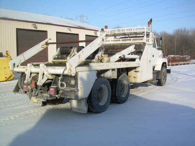 19 Ft Flatbed Surface