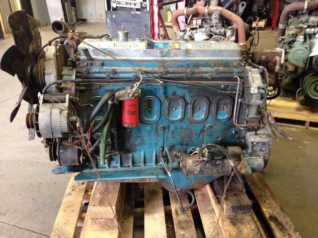 Detroit Diesel 6-71 Engine